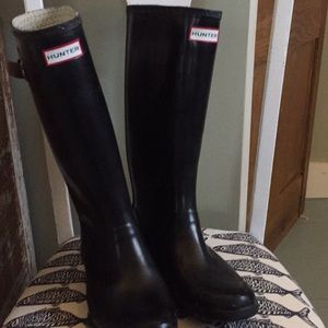Hunter rain boots gloss black 7 tall
